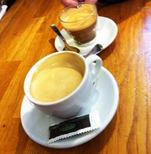 café-con-leche-y-cortado
